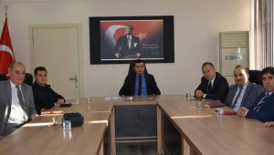 SELENDİ'DE KADINA YÖNELİK ŞİDDETLE MÜCADELE TOPLANTISI YAPILDI